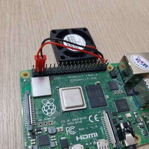 How connect a fan to a Raspberry Pi