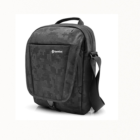 TÚI ĐEO CHÉO TOMTOC CROSS BODY IPAD/TABLET 7-11INCH BLACK