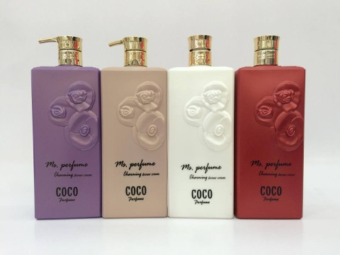 SỮA TẮM COCO PERFUME CHARMING SHOWER CREAM
