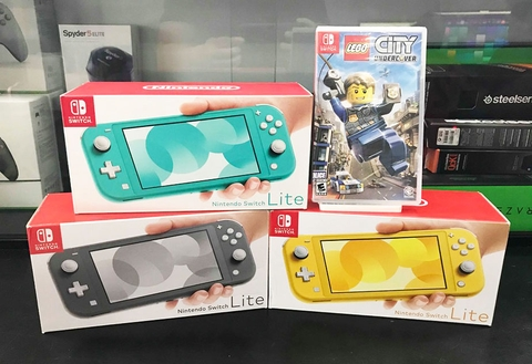 Nntendo Switch Lite + Game LEGO City: Undercover