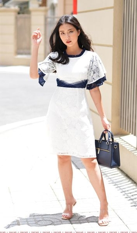 Lace Fabric Pleated Neck Waist Dress