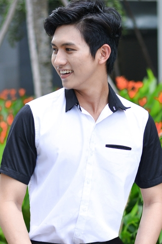 Black Short Sleeve White Shirt with Hidden Pocket
