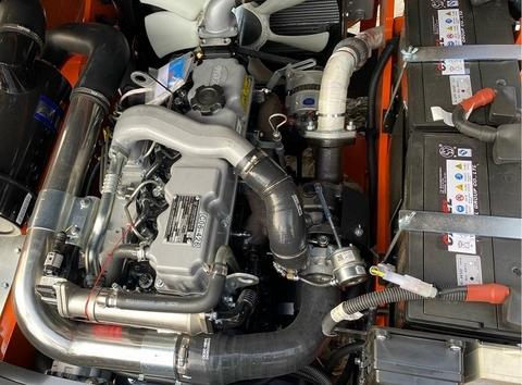 động cơ quanchai trên xe nâng 5 tấn heli k2 series