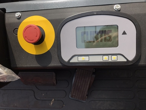 Xe nâng điện Heli 3 tấn