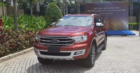 FORD EVEREST 2.0L 4x2 Trend