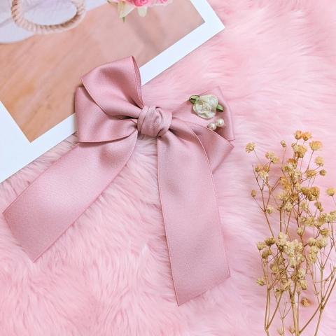 Kẹp tóc đuôi dài màu hồng Hati