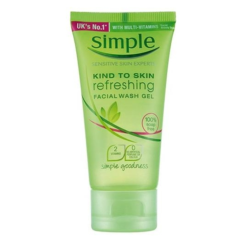 Sữa rửa mặt dạng gel Simple Kind To Skin UK