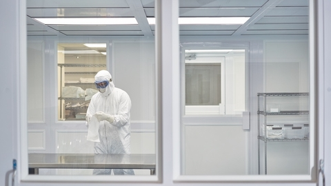 cleanroom-garments-risk-focus-meets-quality-by-design