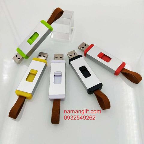 SẢN XUẤT USB NHỰA THEO YÊU CẦU