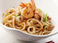 82. Udon with seafood