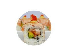 66. CRAZY SALMON ROLL (spicy mayo)