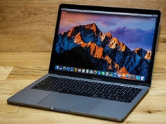 MacBook Pro Retina 13 inch 2017 MPXQ2 Core i5 128GB 8GB RAM(Space Gray) – New