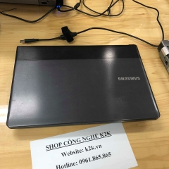 Samsung Series 3 NP300E4Z (Intel Core i3-2350M 2.3GHz, 2GB RAM, 750GB HDD, VGA NVIDIA GeForce GT 520MX, 14 inch)