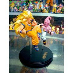 Greatest art mini figure - Goku vs Mabu
