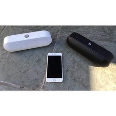 Loa Beats Pill Plus