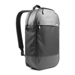 Incase Campus Exclusive Compact 15.4inch - Black