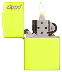 Zippo Plain with Logo Neon Yellow Matte 2