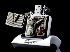 Zippo templer Crusader Limited Edition 2013 6