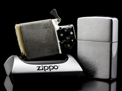 Zippo Cổ Brushed Chrome 1965 1 chấm 8
