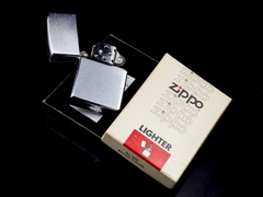 Zippo Cổ 7 Gạch Brushed Chrome 1983 8