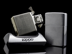 Zippo Cổ Brushed Chrome 1971 3 Gạch Thẳng 8