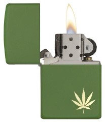 Zippo  MarijuanaLeaf on the Side 29588 2