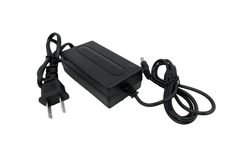 nguon-adapter-12v-2a