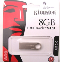 USB 2.0 8GB  Kingston Data Traveler SE9
