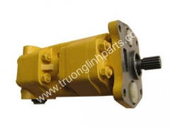 Steering pump 07400-30200 for D50A-16 Dozers