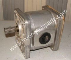 Hydraulic gear pump 704-12-26311 for Komatsu GS360-1 GD31RC-3 GD600R-1 GD605A-1