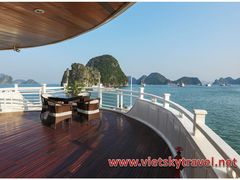 Starlight Cruise tour 2 Days 1 Night Halong Bay