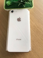 Iphone 8-64gb qte 99,9% vàng ID: 3436451
