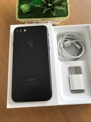 Iphone 7-128gb sb 98,5% đen ID: 3492081