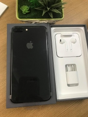 Iphone 8plus-64gb qte 100% đen ID: 546445