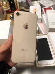 Iphone 8-64gb dcm 100% vàng ID: 2368943