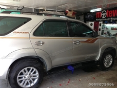 Bộ tem con hạc cho xe Fortuner