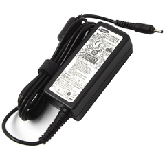 Adapter Samsung 19V - 2.1A
