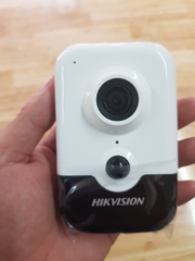 Camera IP Wifi không dây Hikvision DS-2CD2443G0-IW