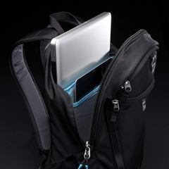 Thule EnRoute Strut Daypack for 15-Inch MacBook Pro and 10-Inch Tablets- Peony