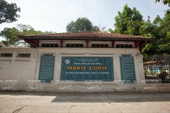 TRƯỜNG THPT MARIE CURIE - QUẬN 3