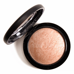 Phấn khối Mac Mineralize Skinfinish Natural Soft and Gentle