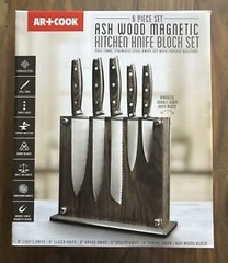KNIFE SET WITH MAGNETIC BLOCK