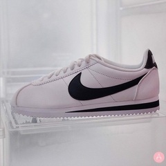 [807471-101] W NIKE CLASSIC CORTEZ LEATHER '' WHITE BLACK ''