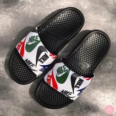 [631261-035] M NIKE BENASSI JDI BLACK WHITE MULTI COLOR