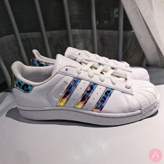 [BB9253] K ADIDAS SUPERSTAR LEOPARD IRIDESCENT