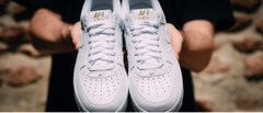 [AA4083-102] M NIKE AIR FORCE 1 CREST LOGO ALL WHITE