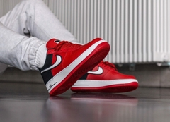 [AO2439-600] M NIKE AIR FORCE 1 MYSTIC RED BLACK