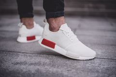 [B37619] M ADIDAS NMD R1 WHITE RED
