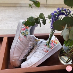 [DB3495] W ADIDAS SUPERSTAR WHITE FLORAL WHITE