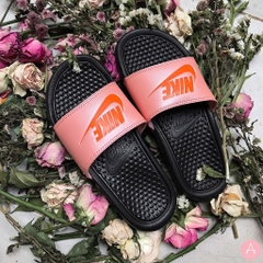 [343881-013] W NIKE BENASSI JDI BLACK AND PINK